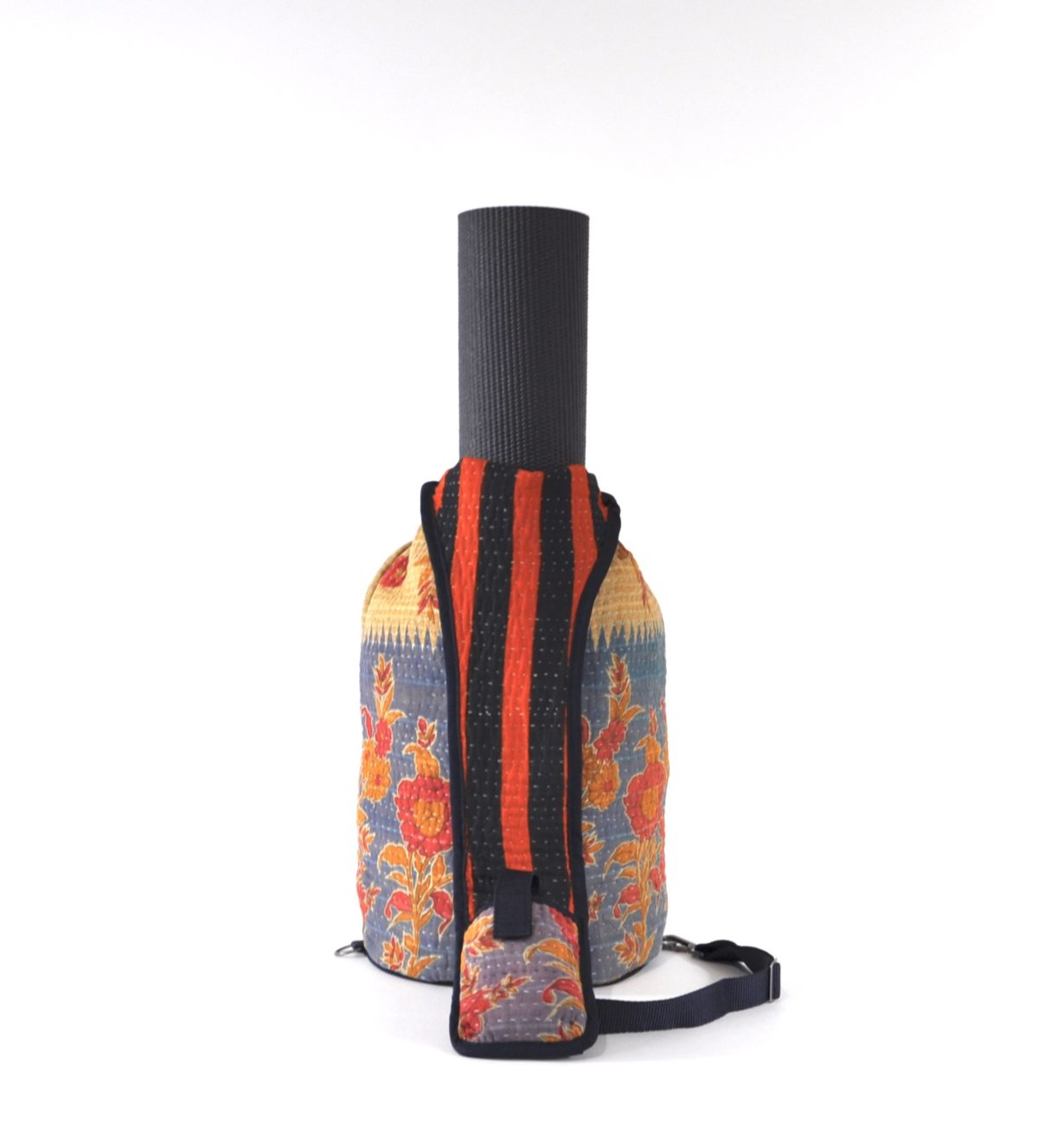 YESNESS Blue & Cream w:Red & Saffron Flowers 2