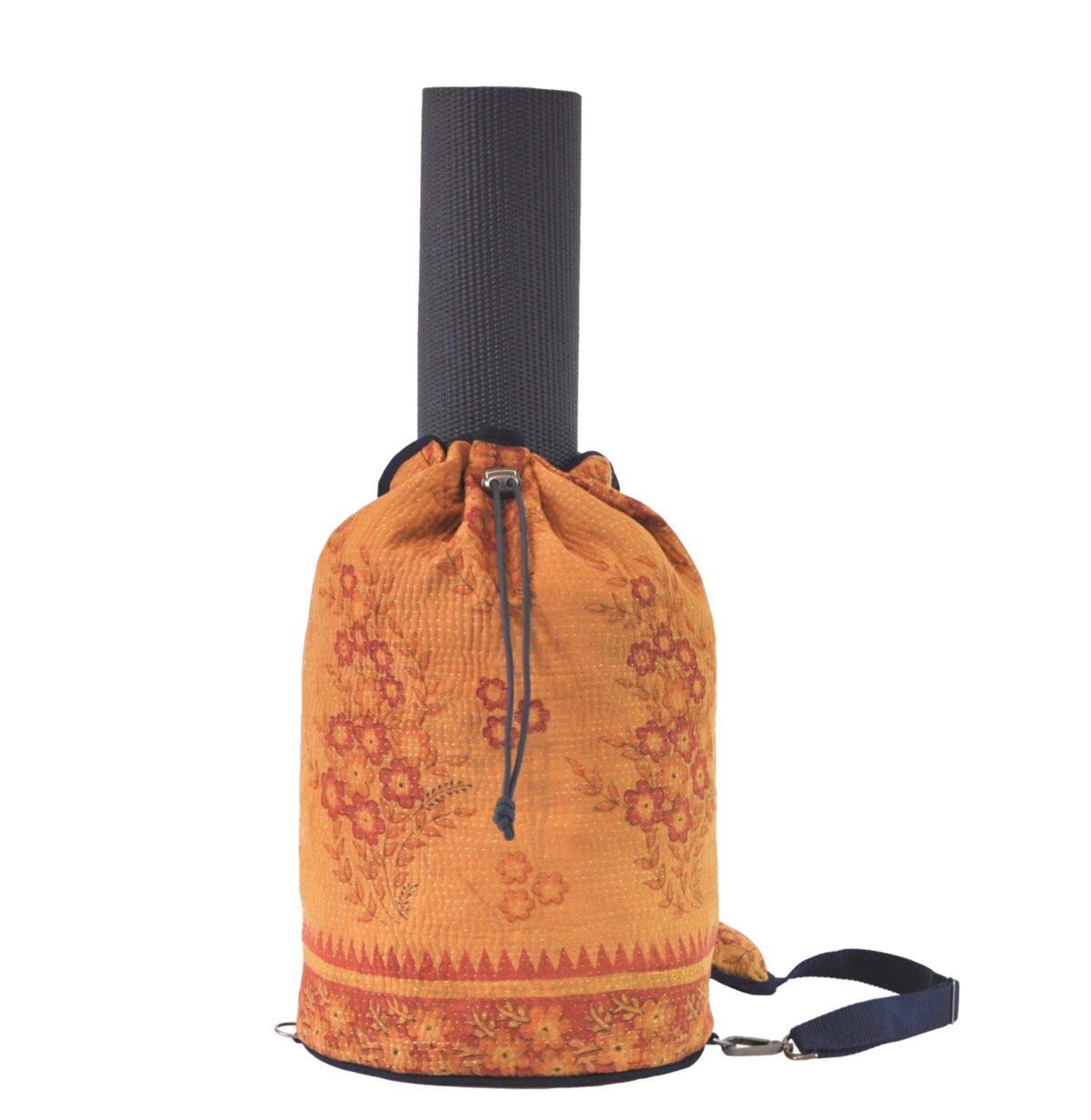 YESNESS Saffron w:Pale Red Flower Sprays 1