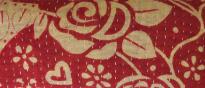 RED W/ CREAM ROSES